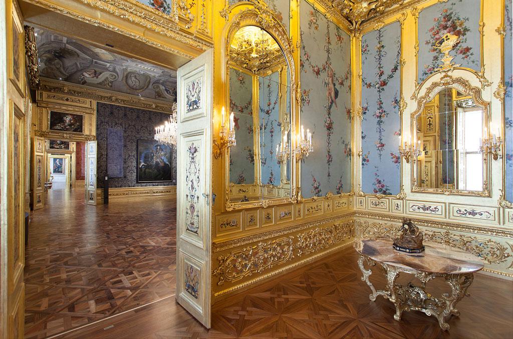Winter-Palace-Gold-Cabinet-c-Belvedere-Vienna