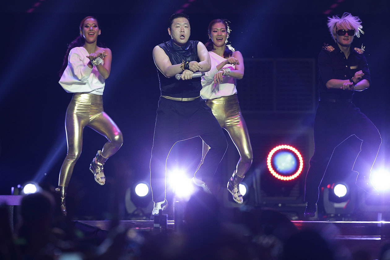 psy-performing-in-singapore-rights-cleared
