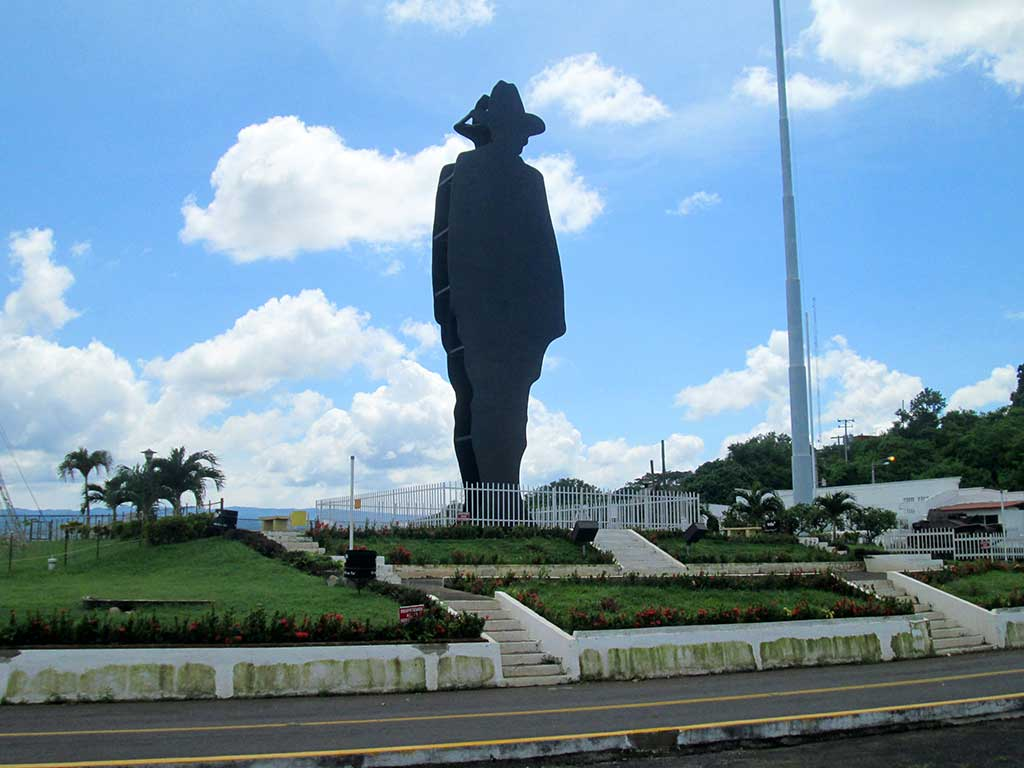 61-The-Sandino-monument.-Managua