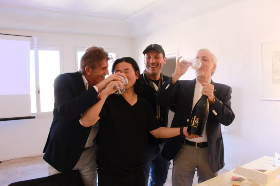 Pietro Cò, Qin Chong, Massimo Gava and Gianfranco Bisaro celebrating with MAGNUM OPUS OF ITALIAN SPARKLING WINE , IL Pordenone.