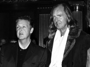 Yin-and-Yang-Knights-Sir-Paul-McCartney-l-with-Sir-John-Tavener-r