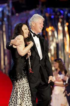 Bill Clinton and Fran Drescher - Life Ball - © Andreas Kolarik