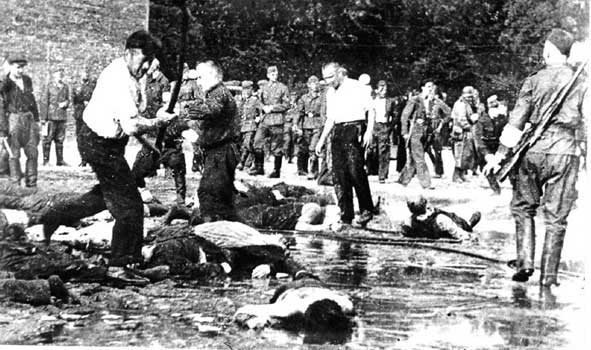 Jews beaten to death by Lithuanians with iron bars, Kovno 1941